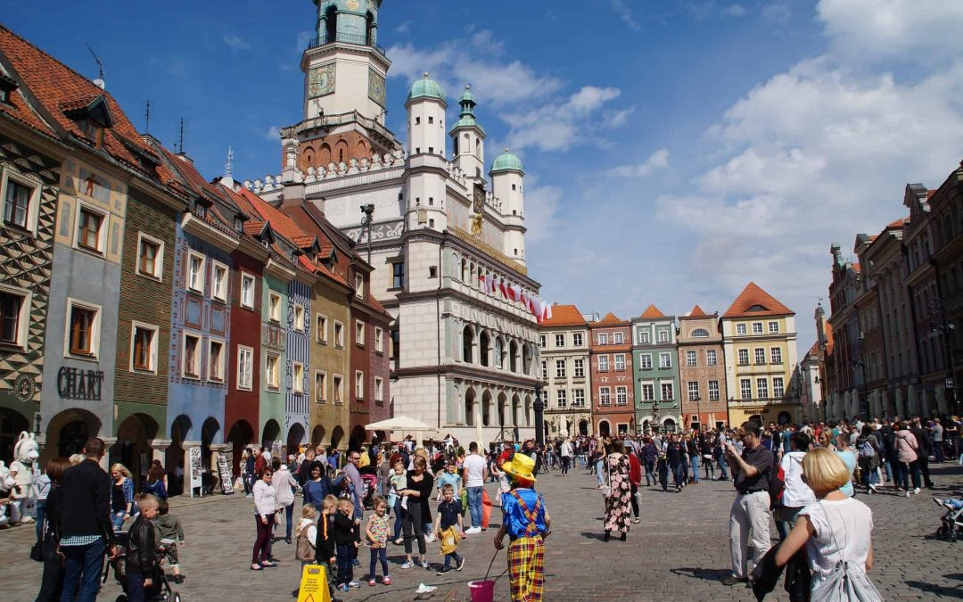 Looking to Teach English in Europe? 5 Reasons Why You Should Choose Poland